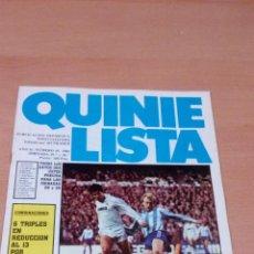 Coleccionismo deportivo: QUINIELISTA - AÑO II - NUMERO 49 - 1984 - INCLUYE POSTER MALAGA - VER FOTOS -. Lote 99474523