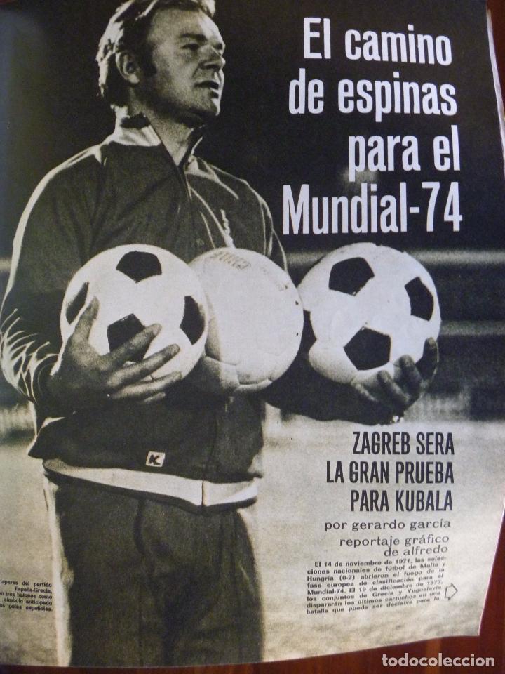 Coleccionismo deportivo: KUBALA A DOS BANDAS SELECCIÓN ESPAÑA HACIA EL MUNDIAL1973 - Foto 3 - 101094823