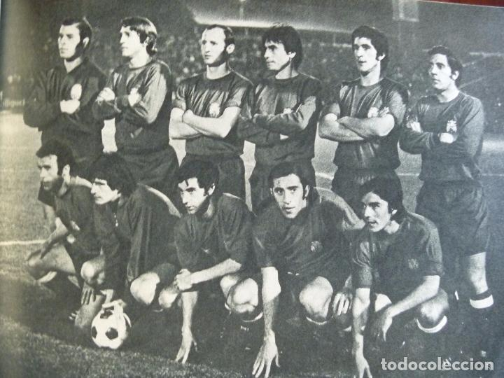 Coleccionismo deportivo: KUBALA A DOS BANDAS SELECCIÓN ESPAÑA HACIA EL MUNDIAL1973 - Foto 5 - 101094823