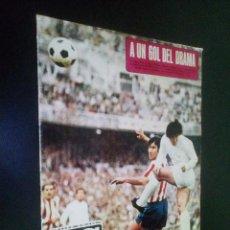 Coleccionismo deportivo: AS COLOR Nº 49 25-4-1972 / VILLARREAL C..DE F. 1971-72. Lote 103938027