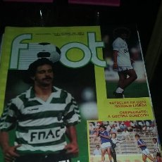 Coleccionismo deportivo: REVISTA FUTBOL FOOT PORTUGAL.SEPTIEMBRE 1988. MUY BUEN ESTADO. INCLUYE POSTER. Lote 104637915