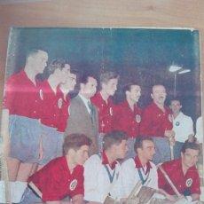 Coleccionismo deportivo: REVISTA DICEN 1955 DI STEFANO FICHAJE POR REAL MADRID RCD ESPAÑOL BARCELONA BRUNET PERFECTA HOCKEY. Lote 110516751