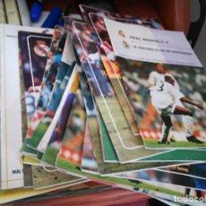 Coleccionismo deportivo: 30 PROGRAMAS OFICIALES PARTIDOS REAL MADRID DE LOS 90. Lote 112991507
