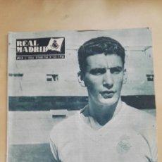 Coleccionismo deportivo: REVISTA OFICIAL REAL MADRID, OCTUBRE 1960, N°125, PORTADA ENRIQUE PEREZ DÍAZ PACHIN. Lote 114543870
