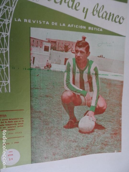 Coleccionismo deportivo: REVISTA VERDE Y BLANCO LA REVISTA DE LA AFICION BETICA REAL BETIS AÑOS 60 - Nº 1 AL 26 - Foto 20 - 114980175