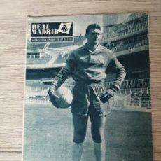 Collectionnisme sportif: ANTIGUA REVISTA DEL REAL MADRID - Nº 136 - 1961 - JOSE ARAQUISTAIN, SANTOS, FIORENTINA, COSTA RICA, . Lote 119477019
