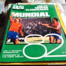 Coleccionismo deportivo: LOTE DE 8 REVISTAS ANTIGUAS DE FÚTBOL. Lote 124266834
