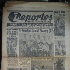 Coleccionismo deportivo: LOTE 200 PERIODICOS DIARIO DEPORTIVO, DEPORTES, FUTBOL, ANTIGUOS, AÑOS 40 - 50. Lote 128460399