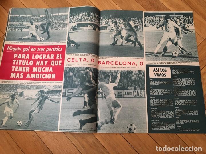 Coleccionismo deportivo: REVISTA R.B. RB Nº 398 (14-11-72) MICHELS JOAQUIN RIFE CELTA VIGO 0-0 BARCELONA - Foto 3 - 132579350