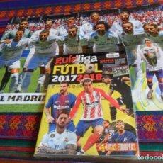 Coleccionismo deportivo: GUÍA LIGA FÚTBOL 2018 2018 LIGAS EUROPEAS CON PÓSTER DOBLE REAL MADRID C.F. Y F.C. BARCELONA. MBE.. Lote 133607738