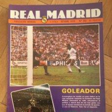 Coleccionismo deportivo: REVISTA REAL MADRID Nº 353 (OCTUBRE 1979) BAYERN MUNICH CAMPEON TROFEO SANTIAGO BERNABEU. Lote 135201586