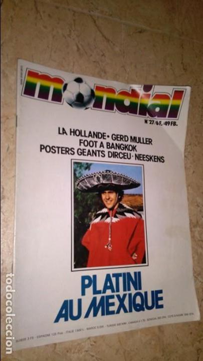 MONDIAL N° 27 CON PÓSTER DE JOSE DIRCEU Y JOHAN NEESKENS (Coleccionismo Deportivo - Revistas y Periódicos - otros Fútbol)