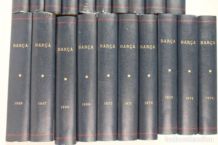 Coleccionismo deportivo: L-5219. REVISTA BARÇA ENCUADERNADA 20 TOMOS DESDE EL AÑO 1956 HASTA AÑO 1975. COMPLETOS. - Foto 3 - 140403982
