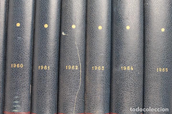 Coleccionismo deportivo: L-5219. REVISTA BARÇA ENCUADERNADA 20 TOMOS DESDE EL AÑO 1956 HASTA AÑO 1975. COMPLETOS. - Foto 5 - 140403982
