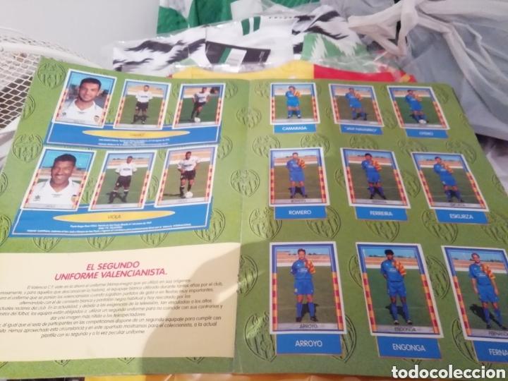 Coleccionismo deportivo: Valencia cf. Revistas, álbum y especial 50 años. Lote completo. - Foto 6 - 142738973