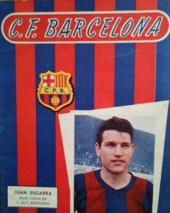 1957 Revista F.C. Barcelona 1 mayo 1957. Juan Segarra. Previa Atlético de Madrid