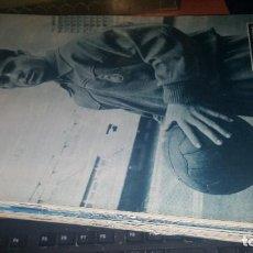 Coleccionismo deportivo: REVISTA REAL MADRID N° 133 DE 1961. Lote 158957958