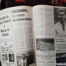 Coleccionismo deportivo: VALENCIA CF. LOTE MATERIAL FÚTBOL. REVISTAS, ALBUMES. Lote 165746322