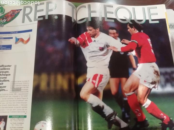 Coleccionismo deportivo: Revista Eurocopa 1996 Inglaterra. Onze. ESPECIAL. - Foto 2 - 169095864