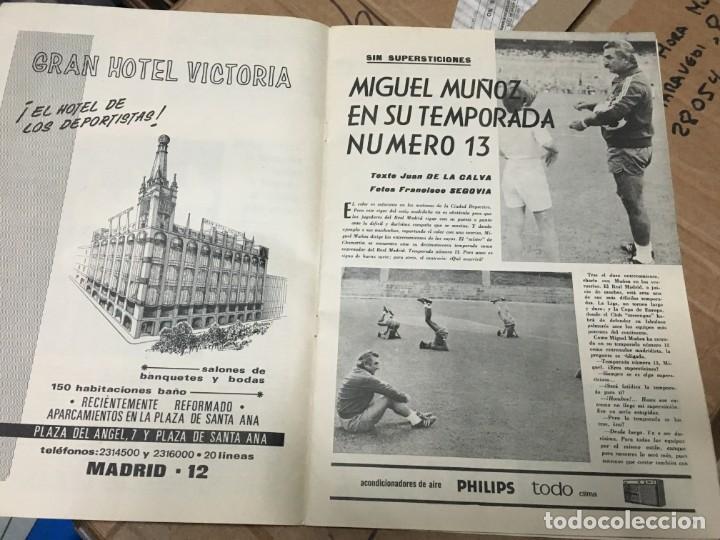 Coleccionismo deportivo: REVISTA OFICIAL REAL MADRID Nº 268 SEPTIEMBRE 1972 MACANAS MIGUEL MUÑOZ - Foto 2 - 183658596
