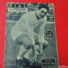 Coleccionismo deportivo: RIAL UN GAMBETEADOR CON REMATE .IDOLOS DEL DEPORTE N°36 (12X16) 32 PP 1958/59. Lote 171323933