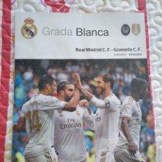 Coleccionismo deportivo: REAL MADRID - GRANADA 5-10-2019 GRADA BLANCA PROGRAMA POSTER CASEMIRO. Lote 178296352