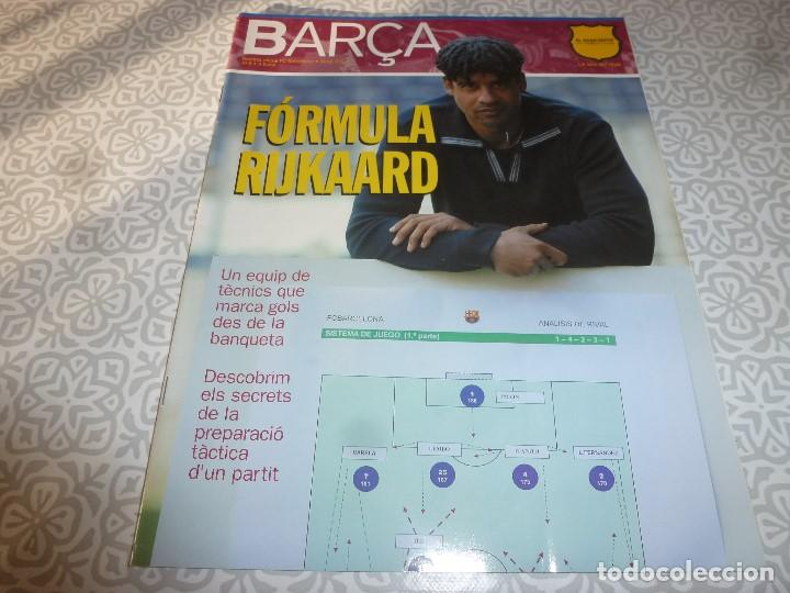 (LLL)F.C.BARCELONA Nº: 8(5-2004) POSTER VICTOR VALDÉS,ALDECOA,GONZALVO III (Coleccionismo Deportivo - Revistas y Periódicos - otros Fútbol)