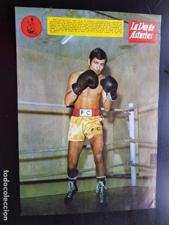 PÓSTER ORIGINAL PEDRO CARRASCO CON PUBLICIDAD 1967 BOXEO LA VOZ DE ASTURIAS ÁGUILA NEGRA (Coleccionismo Deportivo - Revistas y Periódicos - otros Fútbol)