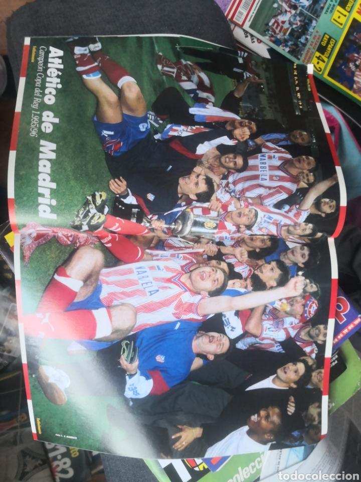 Coleccionismo deportivo: Futbolmania N°2,especial Atlético de Madrid, At., con Póster en interior intacto. - Foto 2 - 190844171