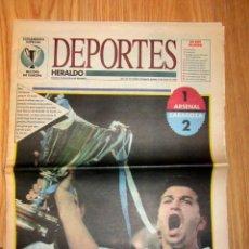 Coleccionismo deportivo: SUPLEMENTO HERALDO DE ARAGON REAL ZARAGOZA CAMPEON RECOPA 1995 GOL DE NAYIM FIRMADO AUTOGRAFO. Lote 137192178