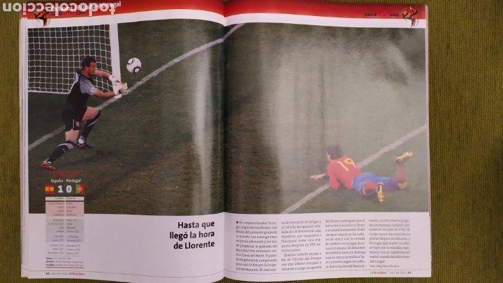 Coleccionismo deportivo: REVISTA ESPECIAL LA VOZ DE GALICIA. ESPAÑA CAMPEONA DEL MUNDO 2010. NUEVA 122 PÁGINAS - Foto 6 - 197775707
