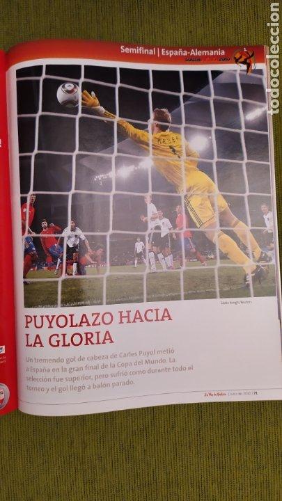 Coleccionismo deportivo: REVISTA ESPECIAL LA VOZ DE GALICIA. ESPAÑA CAMPEONA DEL MUNDO 2010. NUEVA 122 PÁGINAS - Foto 7 - 197775707