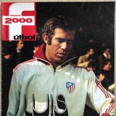 Coleccionismo deportivo: REVISTA DEPORTE 2000 (FEBRERO 1976) - LUIS ARAGONÉS - POSTER DEL CLUB ATLÉTICO DE MADRID. Lote 198577357