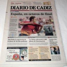 Coleccionismo deportivo: DIARIO DE CADIZ MUNDIAL KOREA-JAPAN 2002 - PARAGUAY - ESPAÑA SELECCION ESPAÑOLA FUTBOL - LA ROJA. Lote 48474685