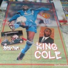 Coleccionismo deportivo: POSTER DOBLE MANCHESTER UNITED ( KING COLE + ALL THE WINNERS ) SOCCER STARS 1998 CALENDARIO. Lote 206786561