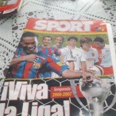 Coleccionismo deportivo: SPORT 2006-07 CON MESSI. Lote 216359126