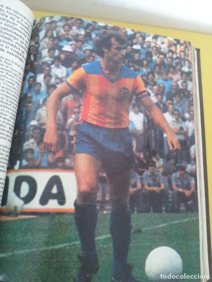 Coleccionismo deportivo: TOMO ENCUADERNADO - REVISTAS DE FUTBOL - VARIOS (ONCE, ÍDOLOS, DEPORTES EN ACCIÓN, AS EXTRA Y FUTGOL - Foto 6 - 219518283