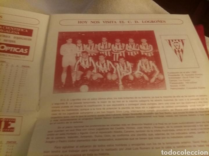 Coleccionismo deportivo: Revista El Plantío. 1990. Referida al partido Burgos - Logroñés . Previa partido Sporting Gijón. - Foto 4 - 219552841