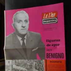 Coleccionismo deportivo: BENIGNO FIGURAS DEL AYER LA VOZ DEPORTIVA / ASTURIAS ÁLBUM JUGADORES UNO A UNO NO CROMOS FÚTBOL 1968. Lote 221487258