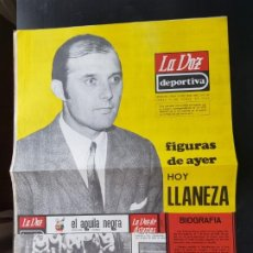 Coleccionismo deportivo: LLANEZA FIGURAS DEL AYER LA VOZ DEPORTIVA / ASTURIAS ÁLBUM JUGADORES UNO A UNO NO CROMOS FÚTBOL 1968. Lote 221490112