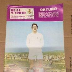 Coleccionismo deportivo: REVISTA OFICIAL REAL MADRID # 241 JUNIO 1970 ORTUÑO COPA DEL REY. Lote 221866802