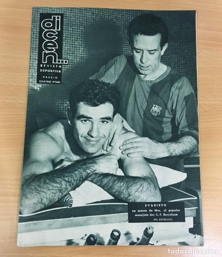 REVISTA DICEN AÑO IX Nº 373 - 23 ENERO 1960 - EVARISTO DEL CF BARCELONA EN MANOS DE MUR - FCB (Coleccionismo Deportivo - Revistas y Periódicos - otros Fútbol)