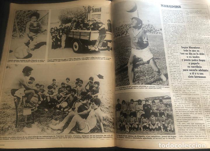 Coleccionismo deportivo: Reportaje de prensa original año 1982 sobre el futbolista argentino Maradona. 7 páginas. - Foto 2 - 222322655