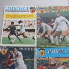 Coleccionismo deportivo: LOTE 11 REVISTAS OFICIALES VALENCIA CF - AÑOS 70 Y 80. Lote 222437398