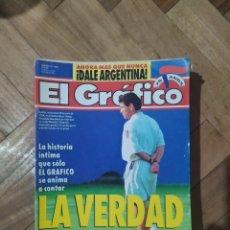 Coleccionismo deportivo: EL GRAFICO TAPA MARADONA USA 94. Lote 231627605