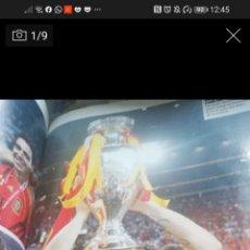 Coleccionismo deportivo: VENDO LIBRO ESPECIAL ESPAÑA TRIPLETE EURO-MUNDIAL-EURO. Lote 233985285
