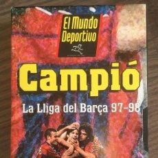 Coleccionismo deportivo: FC BARCELONA. BARÇA 97-98. VHS.LA LLIGA DEL BARÇA. BUEN ESTADO.. Lote 234891535