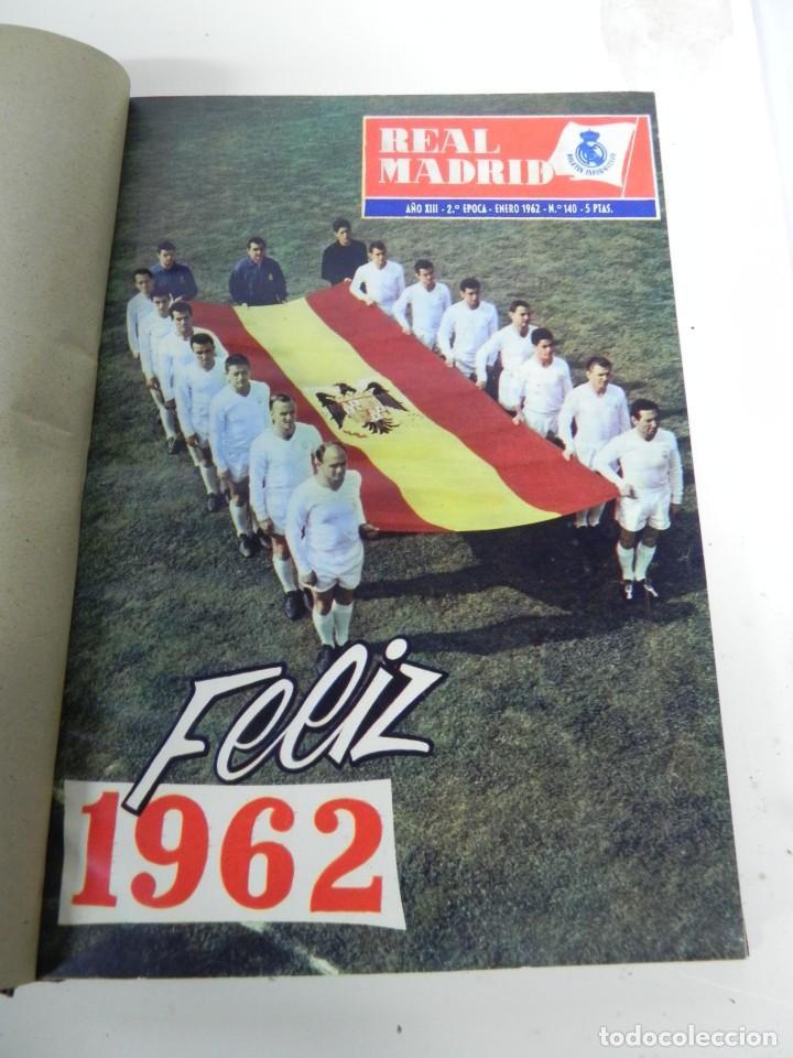 REVISTA REAL MADRID AÑO 1962 AL COMPLETO CON SUS 12 REVISTAS. TOMO ENCUADERNADO. AÑO XIII, 2º EPOCA (Coleccionismo Deportivo - Revistas y Periódicos - otros Fútbol)