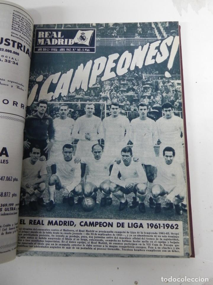 Coleccionismo deportivo: REVISTA REAL MADRID AÑO 1962 AL COMPLETO CON SUS 12 REVISTAS. TOMO ENCUADERNADO. Año XIII, 2º Epoca - Foto 6 - 243124245
