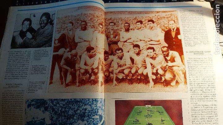 Coleccionismo deportivo: REVISTA DE FULBOL HISTORIAL DEL MUNDIAL 1930-1990 CAMPEONES DE LOS 60 BRASIL E INGLATERRA - Foto 3 - 246793930